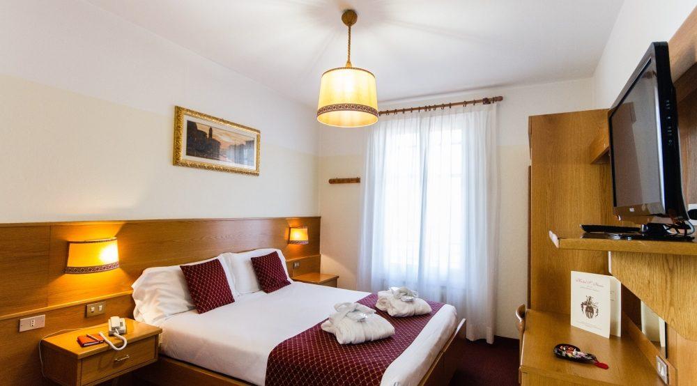 Hotel San Ilario Camera Coppia Classic 2